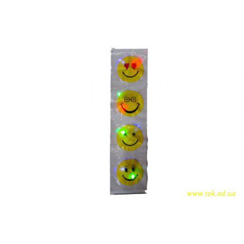 Наклейка смайл светящаяся с 3-мя цветами